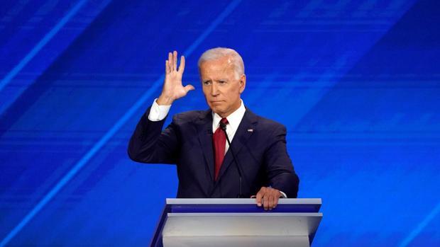 Entre ataques y contraataques, Biden vuelve a tomar el debate demócrata