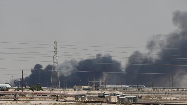 EE.UU. asegura que responderá a Irán por atacar refinerías saudíes
