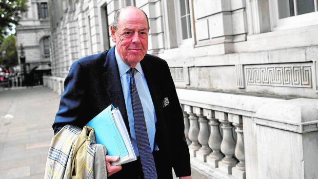Sir Nicholas Soames: «Podríamos perder Irlanda del Norte y Escocia»