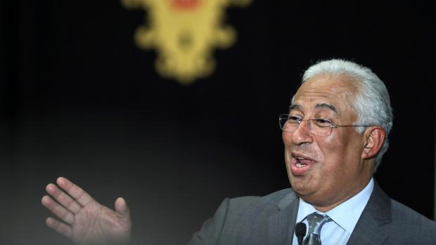 Los socialistas de Portugal gobernarán con pactos puntuales