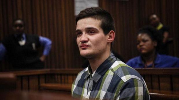 El violador de una niña en el baño de un restaurante en Sudáfrica, condenado a cadena perpetua