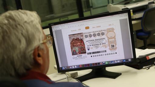 En Navidad, los décimos de Lotería echan mano de motivos religiosos