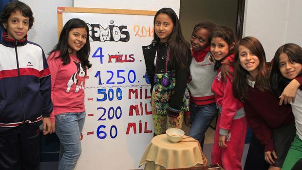 Los niños de San Ildefonso, durante el ensayo del año pasado previo al sorteo