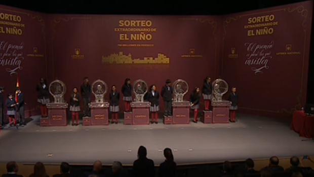 Celebración del sorteo de la Lotería del Niño 2018 en Ávila