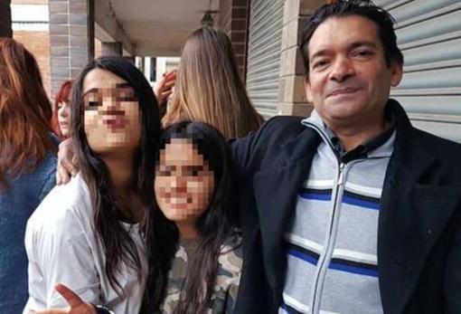 Jon Jiménes lleva años tratando de sacar adelante él solo a sus hijas, Lucía y Yasmina, desde que su mujer les «abandonó». Ayer no podía contener la emoción