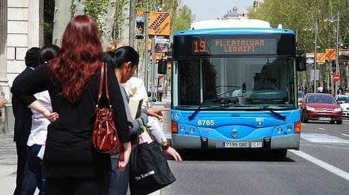 Incluso en los autobuses urbanos habría que ponerse el cinturón de seguridad