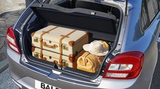The trunk is one of the strengths of the new Baleno: up to 355 liters basic.