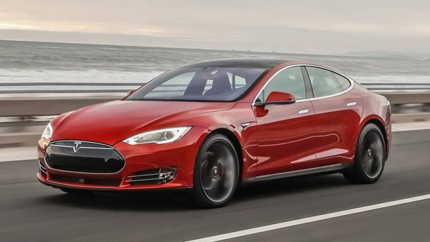 Investigan en EE.UU. el accidente mortal de un Tesla que circulaba en automático