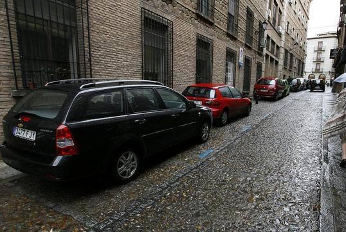 Trucos para aparcar correctamente en línea y en batería