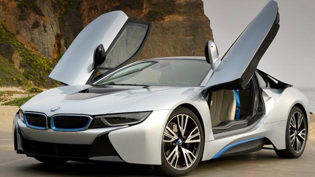 Alquilar coches de lujo:  Vehículos de alta gama desde 135 euros por día