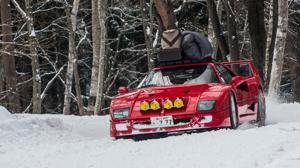 Un Ferrari F40 para ¡derrapar sobre nieve!
