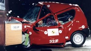 En un accidente te salvan la vida estas piezas del coche