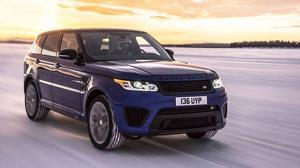 El Range Rover Sport SVR acelera dónde y cuánto quiere