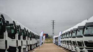 Iveco abre el primer centro OK Trucks de España