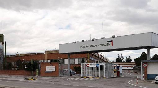 Entrada princilap de la fábrica de PSA en Villaverde