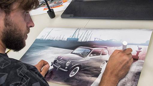 Primero un boceto del Seat 600, luego el trabajo manual