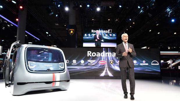Matthias Muller, durante la presentación del Roadmap E y las novedades de Volkswagen en el Salón de Frankfurt