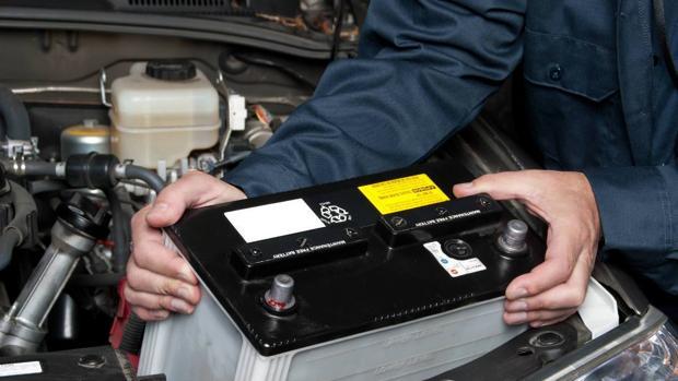 Los fallos en las baterías y los neumáticos fueron las averías más comunes este verano
