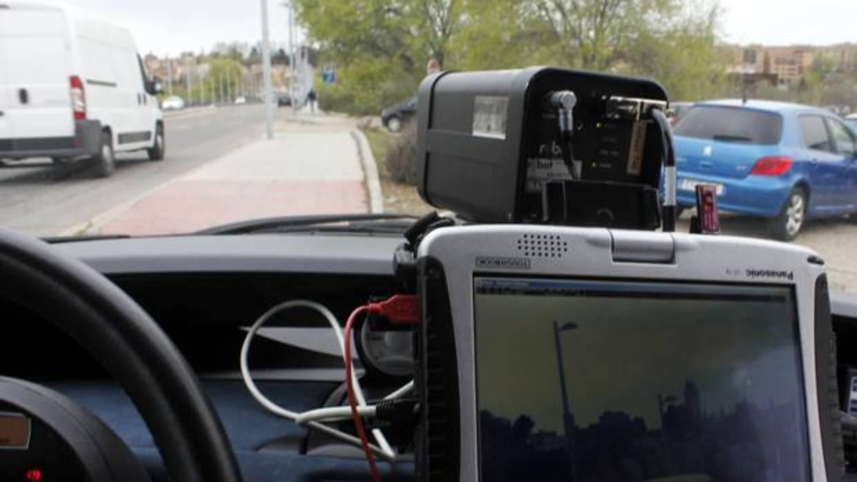 Llegan los radares en vehículos privados, el arma «indetectable» para acabar con los excesos de velocidad