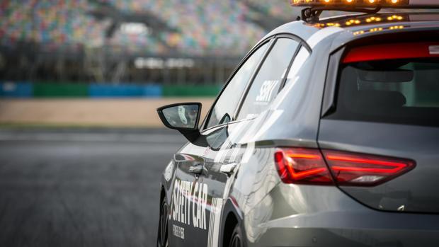 El modelo SEAT León de serie cumple con los requisitos de versatilidad y potencia de los Safety Car