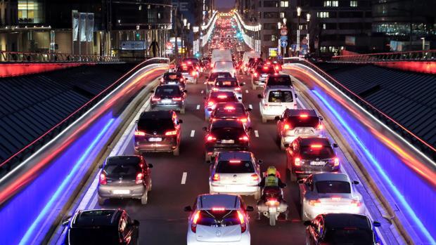 Aglomeración de vehículos en Bruselas el pasado 5 de diciembre