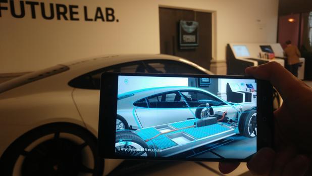 El Mission E puede conocerse en profundidad gracias a una aplicación interactiva