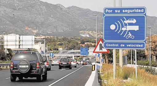Margen de error del radar: Tráfico debe sancionar la velocidad real de conducción