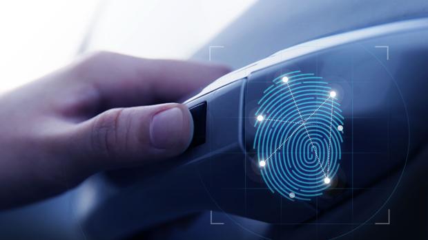 Sistema de apertura mediante huella dactilar del nuevo Hyundai Santa Fe