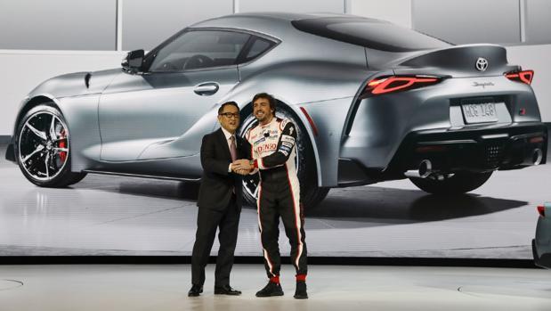 El Toyota Supra reina en el Salón de Detroit de la mano de Fernando Alonso