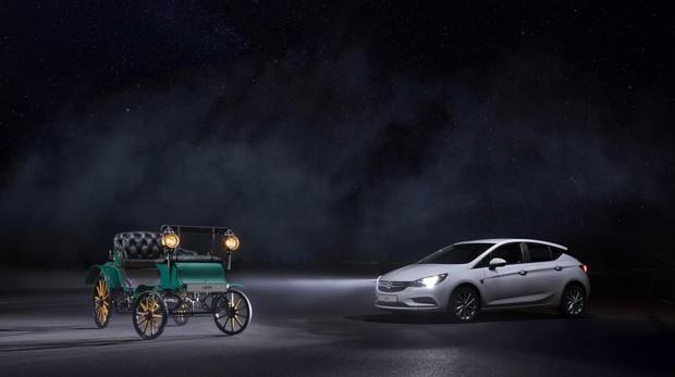 Patentmotorwagen: cuando los coches iluminaban con velas