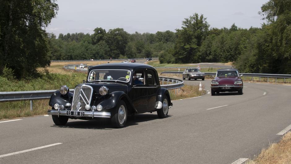 Así es el histórico y secreto circuito de pruebas donde Citroën celebró su multitudinario centenario