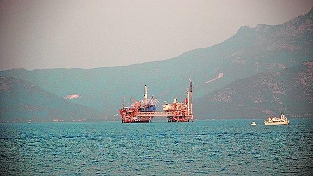 Plataforma petrolífera Kavala (Grecia)