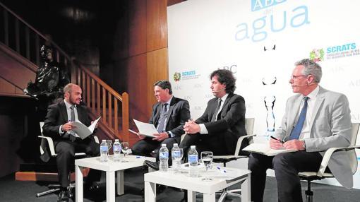 De izquierda a derecha: David Martínez, José Maniel Claver, Gonzalo Delacámara y Alberto Garrido