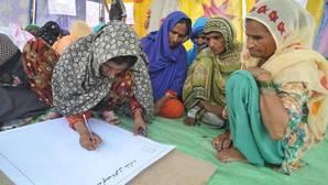 Las mujeres representan el 60% de la mano de obra agrícola en algunas zonas de África y Asia