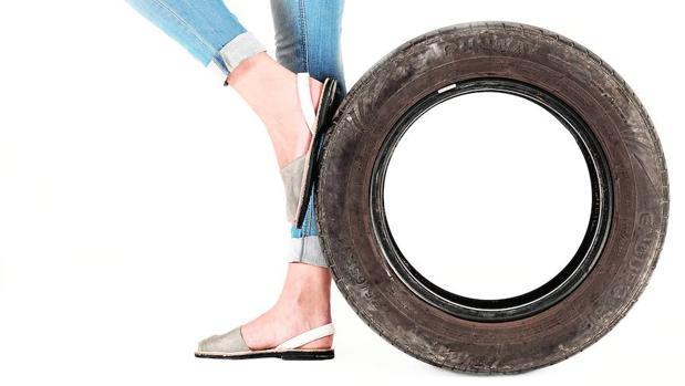 Las suelas de las abarcas menorquinas emplean neumáticos
