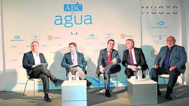 Participantes del Foro ABC del Agua