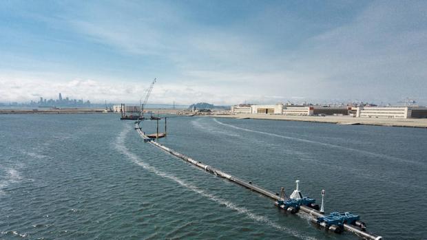 Empieza a funcionar un revolucionario sistema para acabar con la gran isla de basura del Pacífico