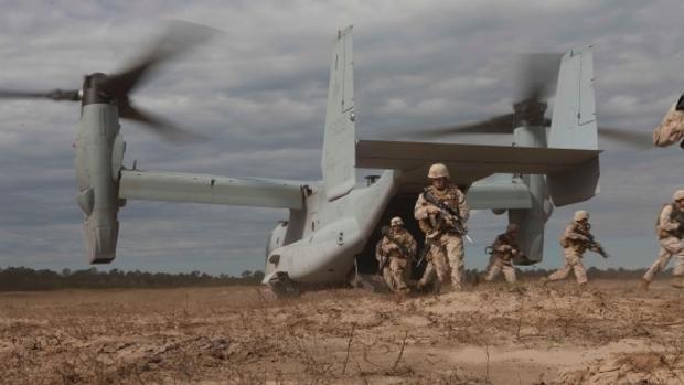 Hemeroteca: «Oaken Steel»: el despliegue de los «marines de Morón» en Uganda   Autor del artículo: Finanzas.com