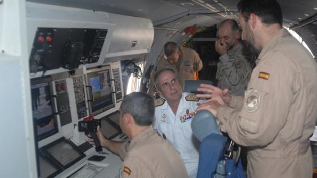El vicealmirante Gómez Fernández de Córdoba, durante la misión Atalanta