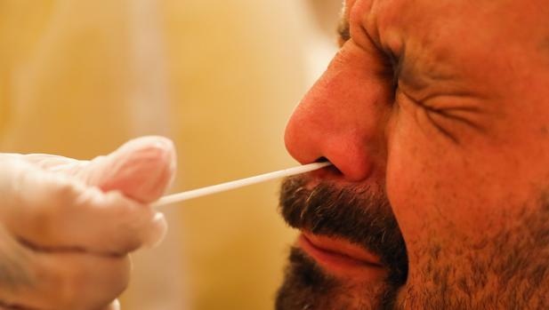 Un estudio confirma que la tasa de letalidad del Covid-19 es mayor entre los hombres