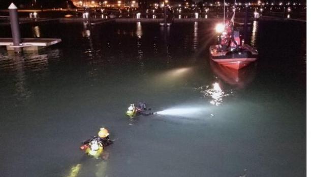 Mueren dos j venes tras caer su coche al mar en el puerto deportivo de laredo - Cines puerto deportivo getxo ...