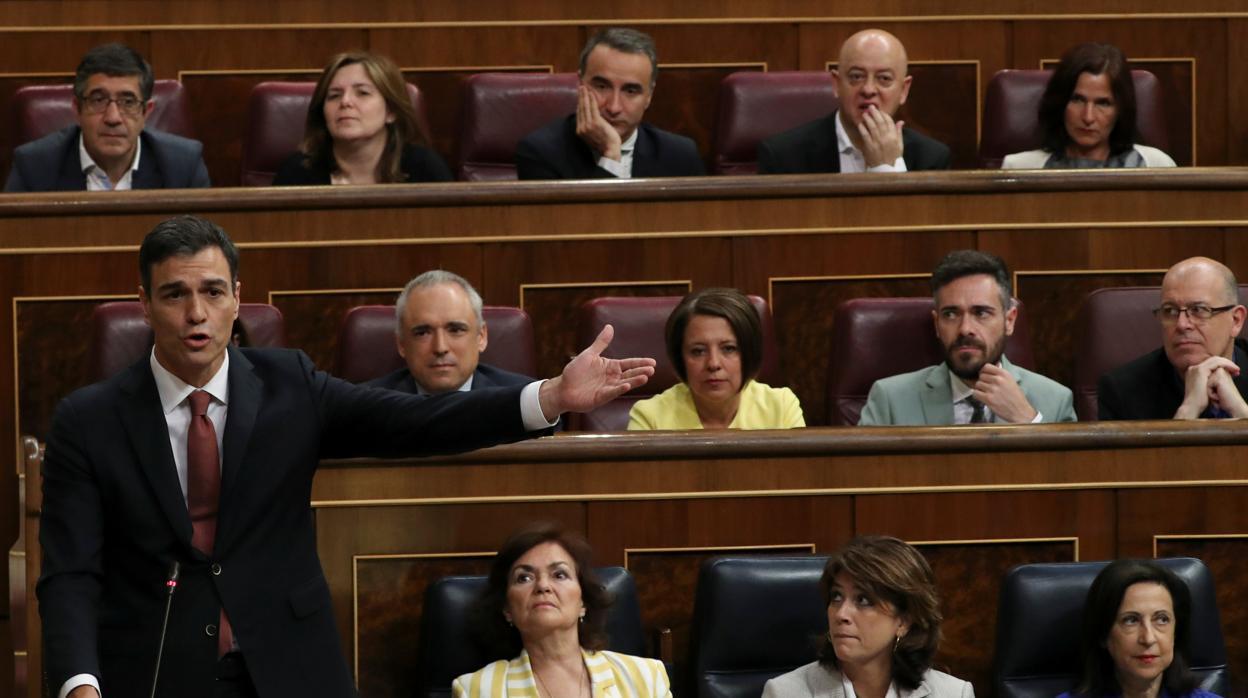 Sánchez, oposición de la oposición