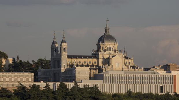 Imagen de archivo de la Catedral de la Almudena, Madrid