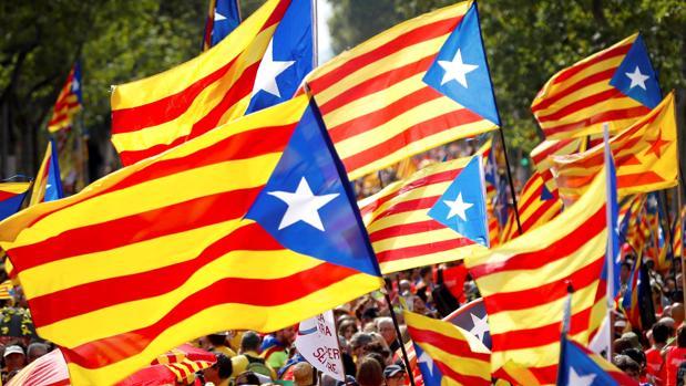 Avanza el golpe por toda España