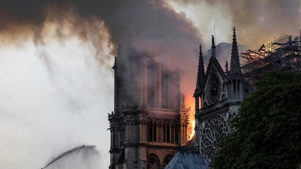 Una lágrima por Notre Dame