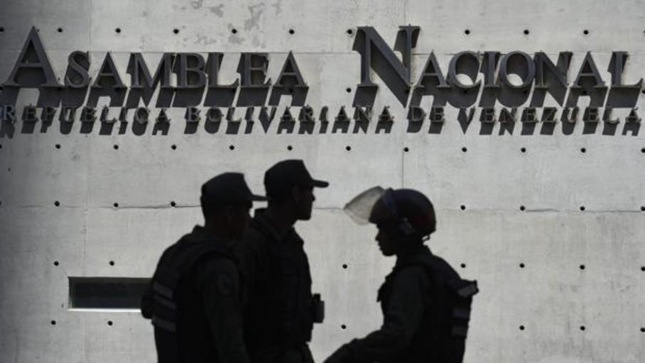 Maduro extiende la represión