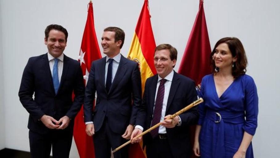 El PP crece tras los pactos del 26-M