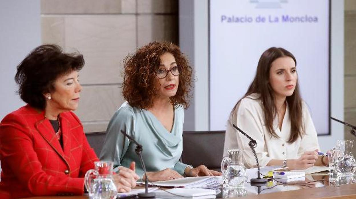 Resultado de imagen de María Teresa Corzo Santamaría