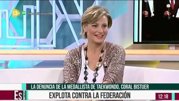 Coral Bistuer explota en 13 TV contra el presidente de la Federación de Taekwondo: «Es un canalla»