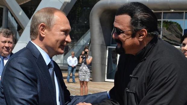Vladimir Putin y Steven Seagal en una imagen de archivo